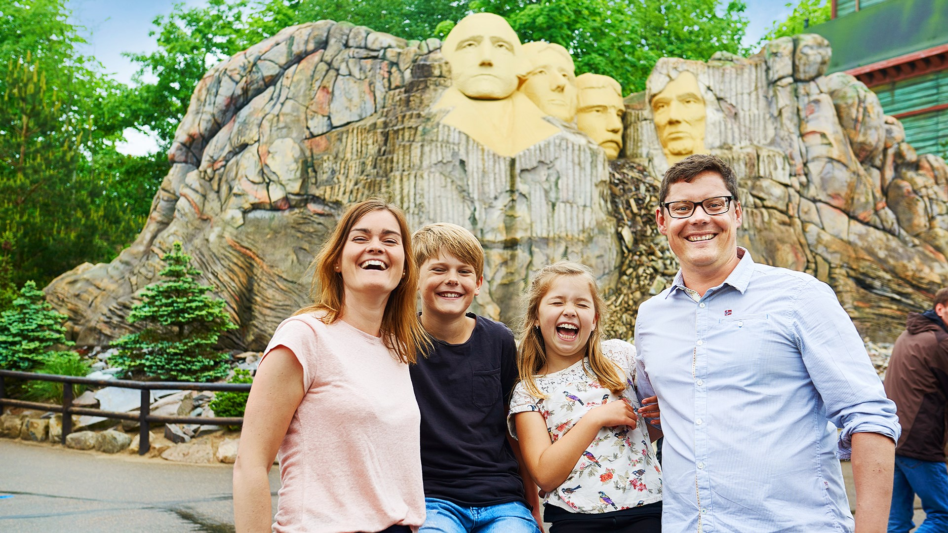 Mount Rushmore Med Familie Web